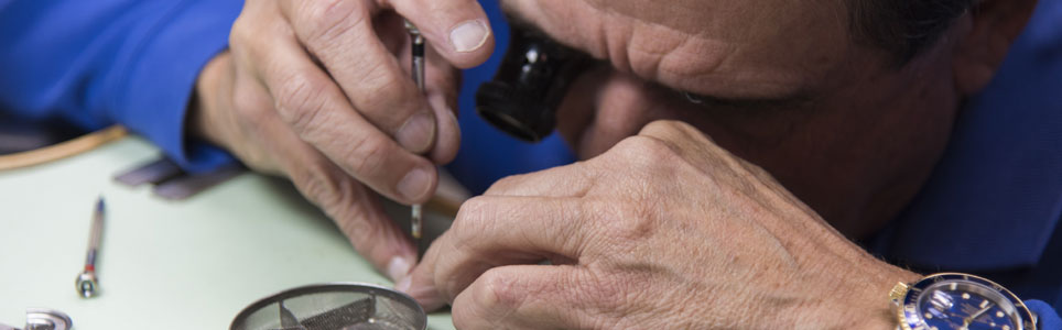 NATHAN'S LYNNHAVEN PAWN SHOP Watch Repair
